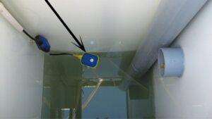 Поплавковый переключатель в приеной камере Топас