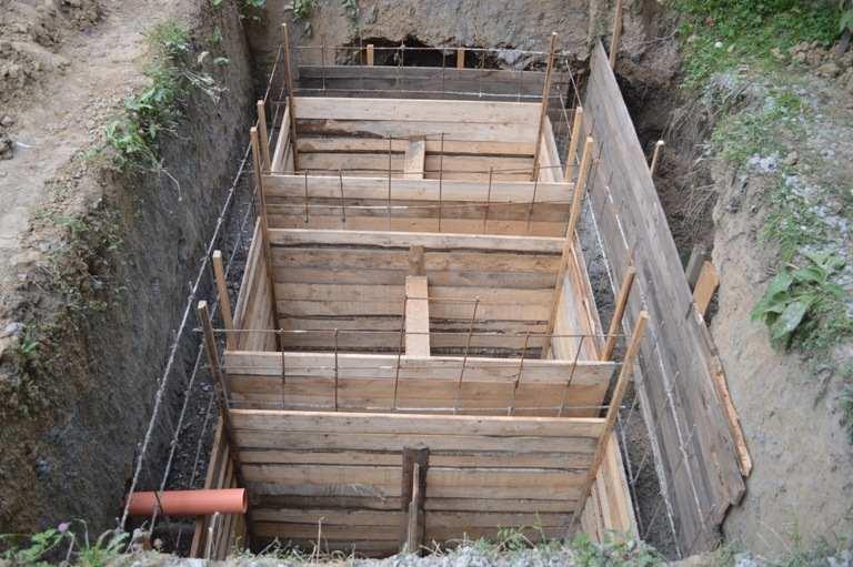 Строительство опалубки для септика из бетона